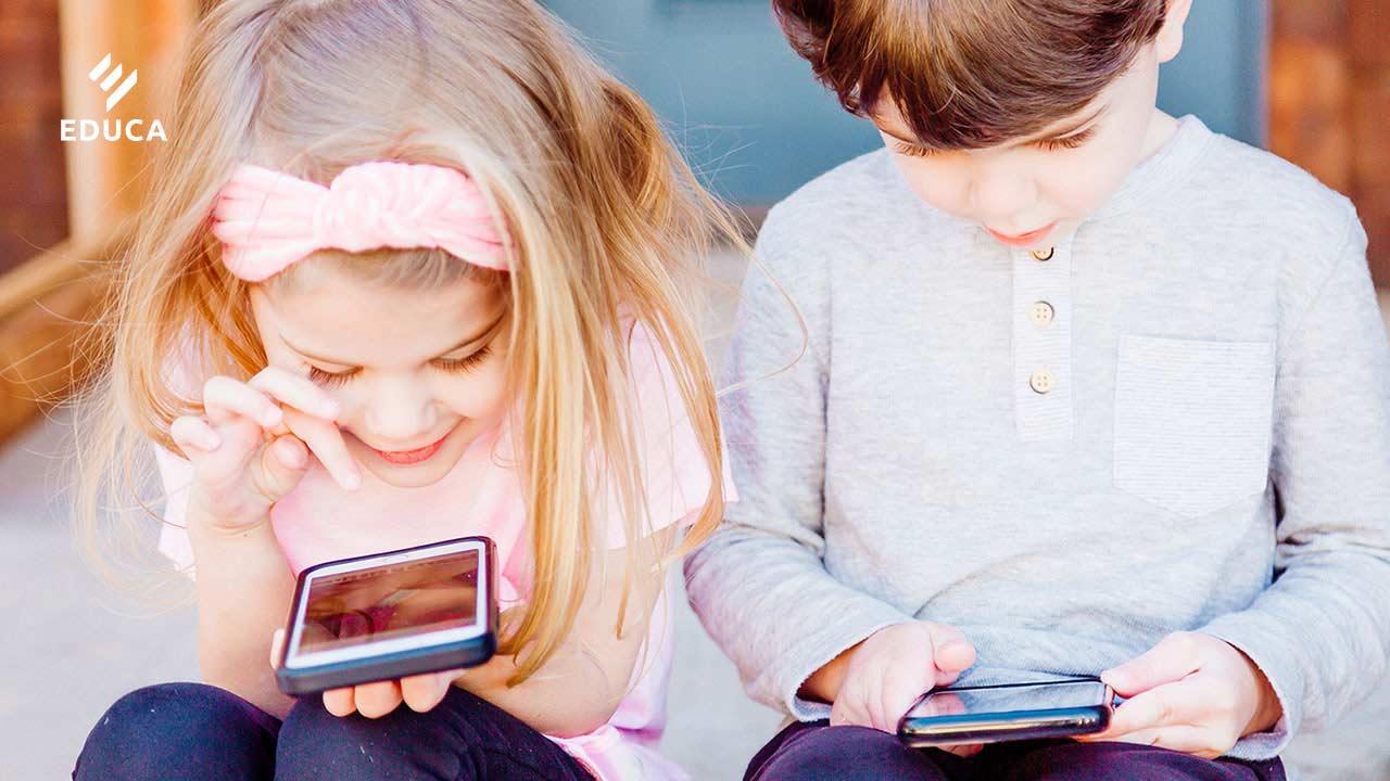 ฝึกเด็กให้รู้เท่าทันสื่อ เริ่มต้นที่รู้เท่าทันตนเอง